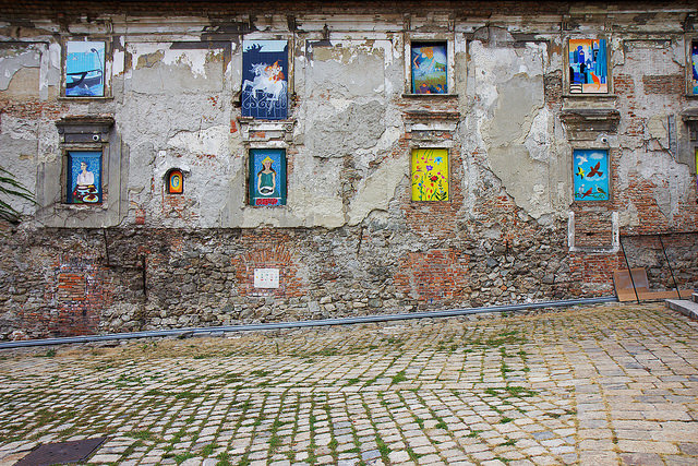 window slant bratislava reilly